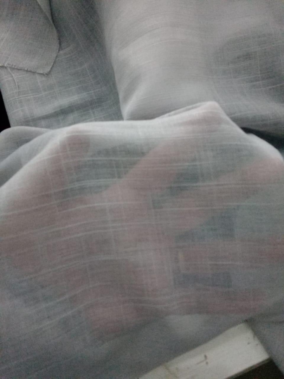 Cortina Gaze de Linho Cinza com forro Microfibra Cinza - Varão Ilhós Cromado 5,00x2,81 F